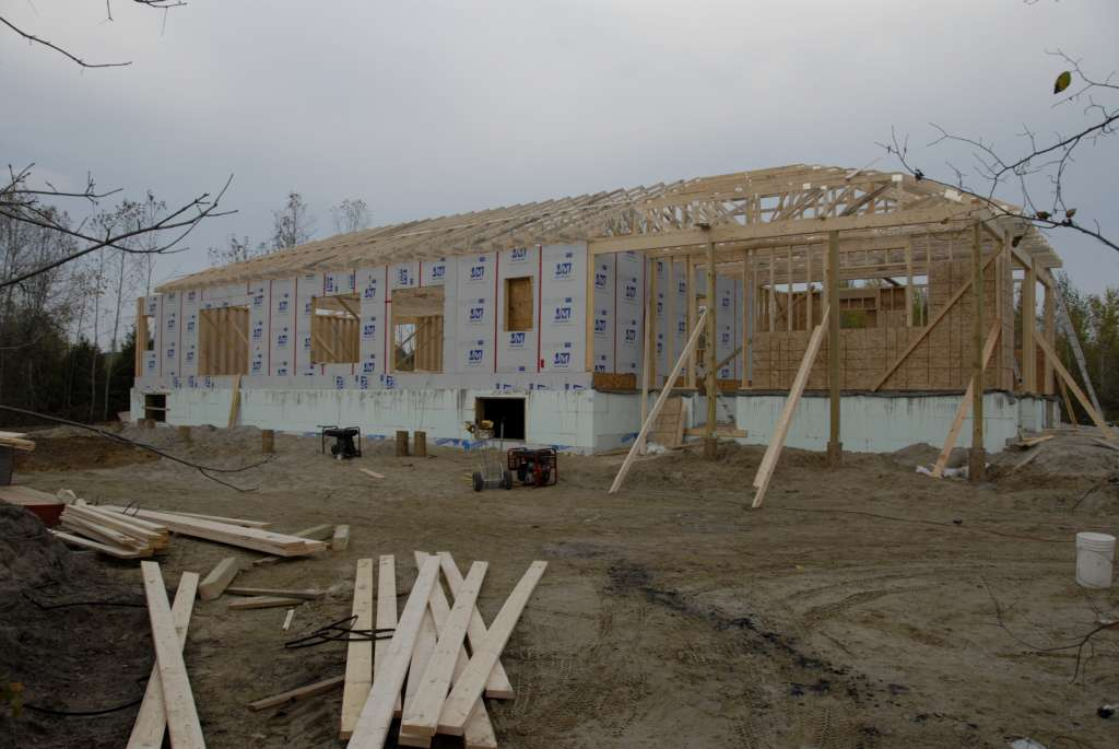 Your Denver Metro Construction Residential Framing for Exterior Roof & Main Entrance